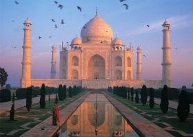 Tomax Taj Mahal, India 1000 Piece Mini Jigsaw Puzzle - 1