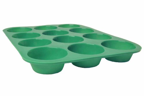 Green 12-Cup Nonstick Bpa-Free Silicone Muffin Pan. Perfect For Healthy Muffins, Cupcakes, And Other Desserts. Bake Like A Professional. No Need For Cupcake Liners. Cupcakes And Muffins Turn Out Of Pan Effortlessly. Clean-Up Is Easy And Storage Is Made Ea
