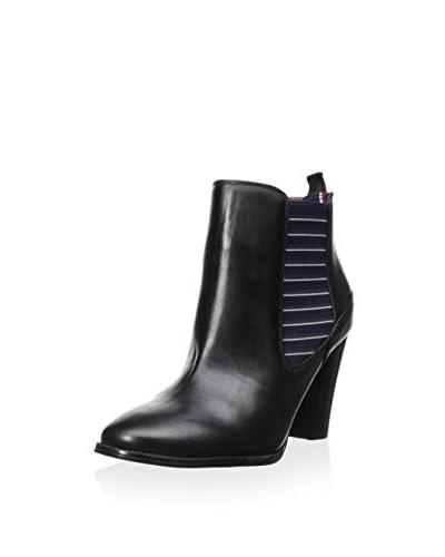 Tommy Hilfiger Women's Vitoria Boot