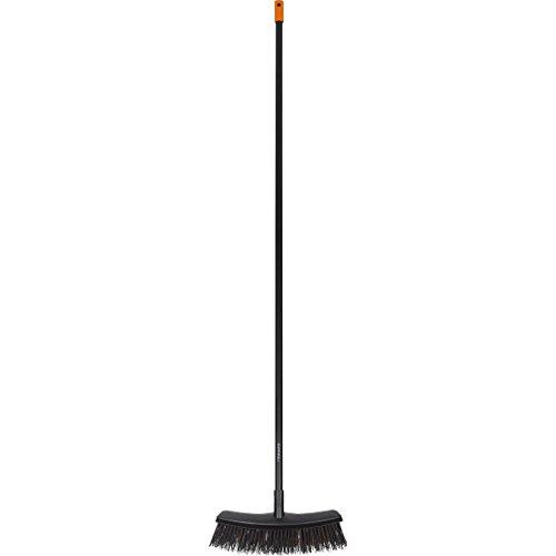 fiskars-solid-all-purpose-garden-broom