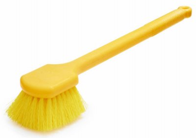 rubbermaid-comm-prod-long-handle-plastic-utility-brush-20-in