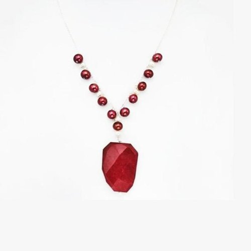 O Jewelry Sterling Silver Red Agate and FW Pearl Necklace (13-14 mm)