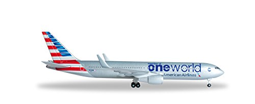 herpa-526616-american-airlines-boeing-767-300-oneworld