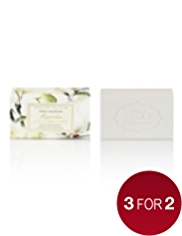 Floral Collection Magnolia Luxury Gift Soap 200g