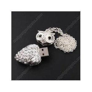 High Quality 4 GB Owl Shape Crystal Jewelry USB Flash Memory Drive Necklace(Silver) by T &  J