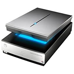 Epson Perfection V700 Photo Flatbed Scanner. PERFECTION V700 PHOTO 48BIT LTR 6400 X 9600DPI 4.0 DMAX USB/FW TPA P-SCAN. USB, FireWire
