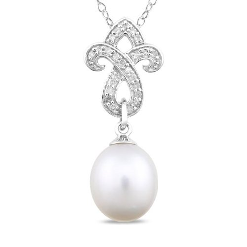 Sterling Silver FW Pearl and 1/10ct TDW Diamond Necklace (G-H, I3) (8-8.5 mm)