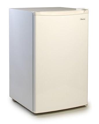 Amazon Com Magic Chef 4 4 Cu Ft Refrigerator White