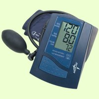 Cheap Manual Inflation / Digital Read Blood Pressure Monitor (MDS2002LA)