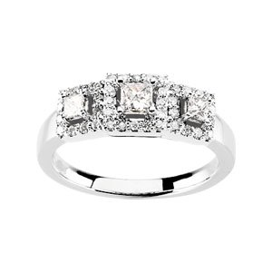 14K White Gold Engagement Ring Size: 11