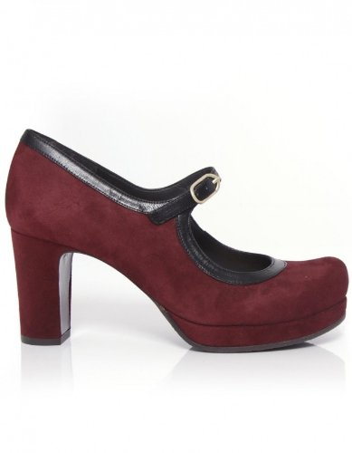 Chie Mihara Shoes Perva Classic Court Shoes RED