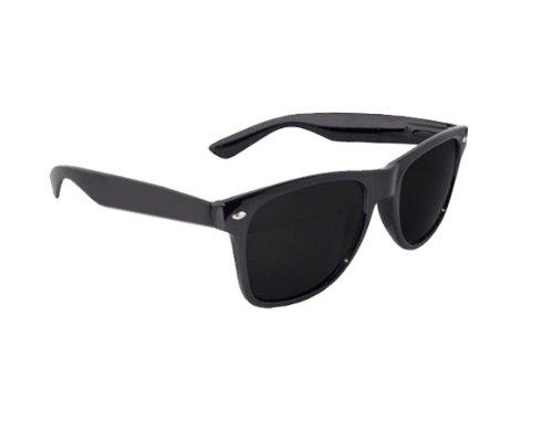 Black Lens Wayfarer Style Sunglasses.