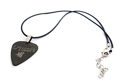 guitar-plectrum-necklace-mediator-5-seconds-of-summer
