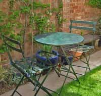 Jade Green Metal Patio Table and Chairs set Hammered Finish