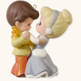 Hallmark 2008 Cinderella And Her Prince Disney Precious Moments front-1036082
