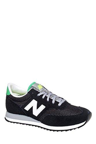 CW620 Low Top Sneaker