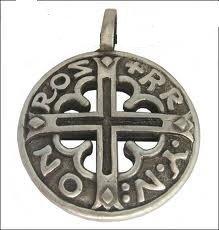 pendentif-viking-celte-bouclier-viking-runique-blason-croix-viking-celtique-cordon-noir-pendentif-co