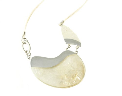 Marana Jewelry Large White Mother Of Pearl Necklace