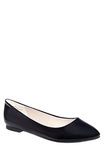 Restricted Blinker Patent Leather Flat Shoe