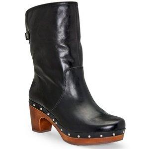 Womens UGG Australia Lynnea Boots Black 9