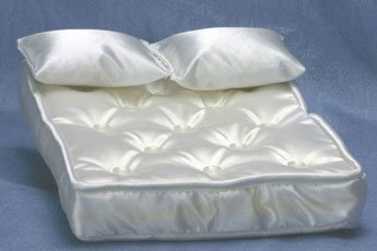 Dollhouse Mattress with Pillows & White Fabric