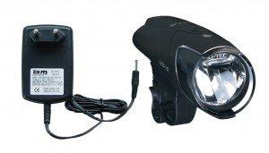 LED-Akkuscheinwerfern b & m IXON IQschwarz inkl. Akkus  &  Ladegerät