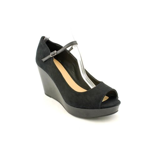 R2 Footwear Women's Juliete Platform Wedge Pumps