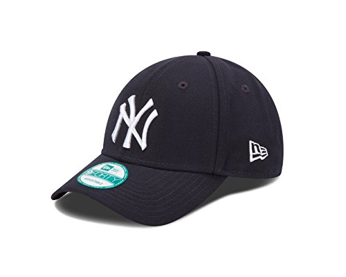 MLB The League New York Yankees Game 9Forty Adjustable Cap (Mlb Yankees Cap compare prices)