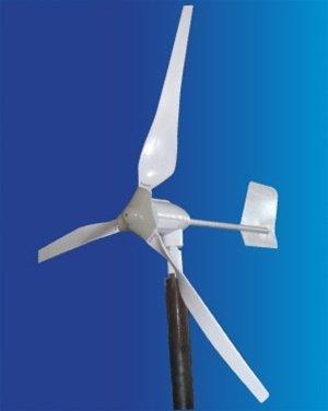 Aleko® Wg700 12-Volt 3-Blade 700 Watt Wind Generator
