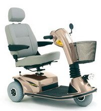 Pride Mobility Legend 2002 3 Wheel Scooter in Champagne, Grey Vinyl