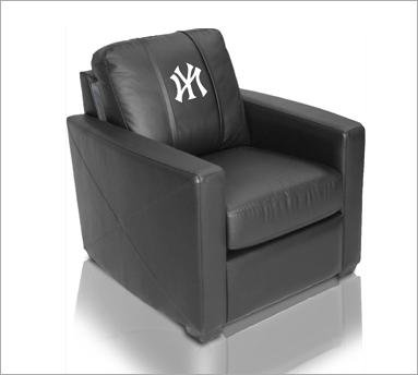 Dreamseat XZipit NHL Leather Club Chair Picture