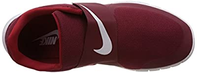 Nike Men's Free Socfly Casual Sneakers