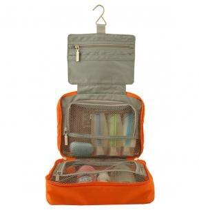 Tri-fold compartments