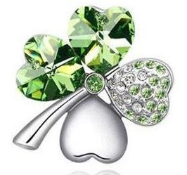 4 star leaves clover broach neckline accent green.