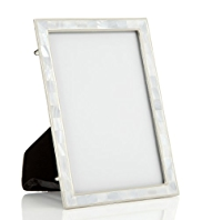 White Mother of Pearl Photo Frame 13 x 18cm (5 x 7