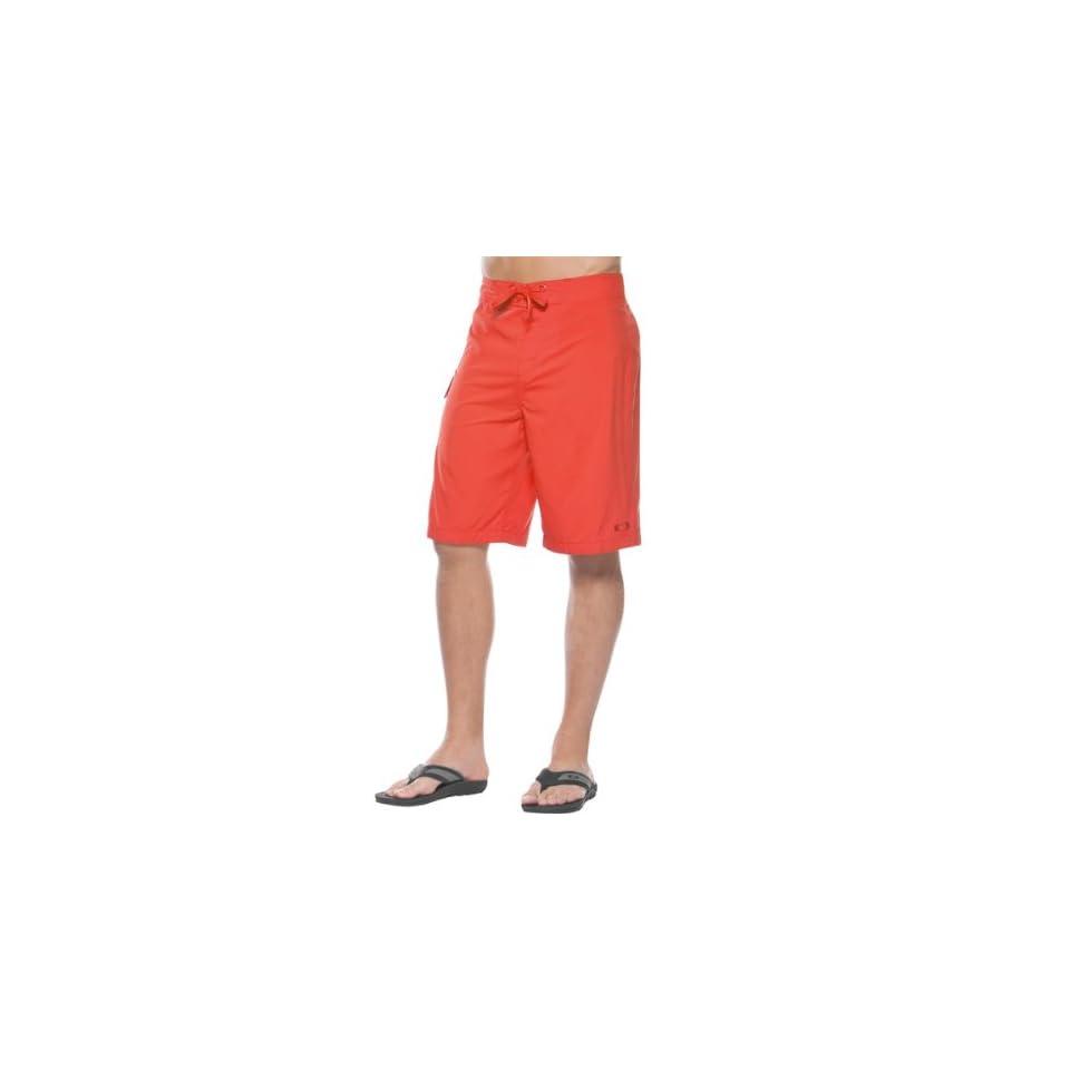 a62b9844e2 Oakley Classic Mens Boardshort Sportswear Pants Red Line / Size 32 ...