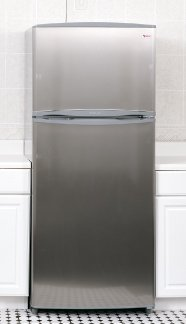 SUMMIT : FF1625SSIM 15.8 cu. ft. Counter-Depth Top-Freezer Refrigerator - With Ice Maker