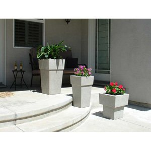 Saratoga Planter (3 Piece Set in Speckled Granite)