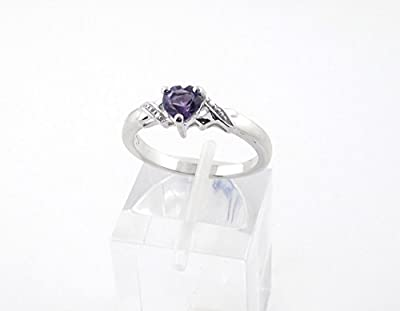 The Amethyst Ring Collection: Beautiful Sterling Silver Heart Shaped Amethyst Engagement Ring with Diamond Set Shoulders