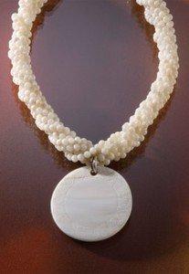 Hawaiian Pendant Necklace Pink Spiral Shell