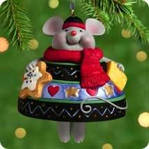 THE CHRISTMAS BELLE 2000 Hallmark Ornament QX8311