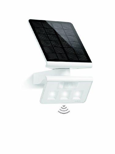 Steinel 671006 Außenwandleuchte Xsolar LED L-S, weiß, Solarleuchte mit Bewegungsmelder, Ausleuchtung bis zu 30m², energieeffizient, IP44, 4000 Kelvin, Monokristallin