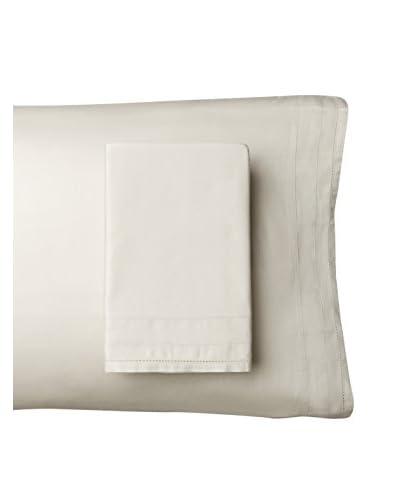 Vera Wang Simplicity Pillowcases