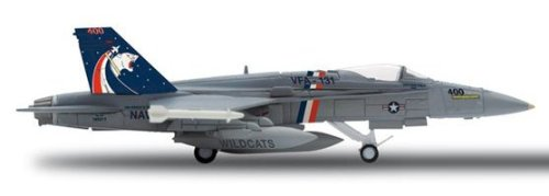 Herpa 1-200 Scale Military HE554114 Usn F-A-18C 1-200 VFA131 Wildcats
