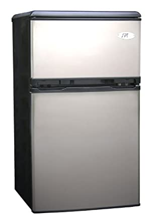 Sunpentown RF-320S 3-1/5-Cubic-Foot Double-Door Refrigerator