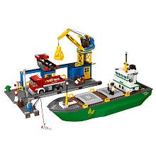 Harbour 4645 and Lego City container