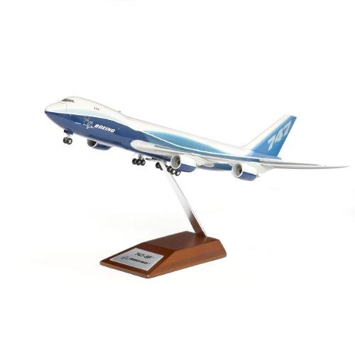 747-8 Freighter Snap-Together Model