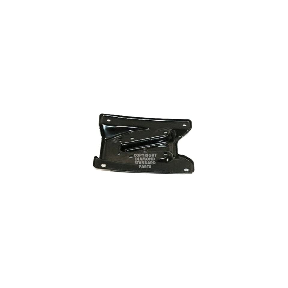OE Replacement Dodge Pickup Front Driver Side Bumper Bracket (Partslink Number CH1066137)