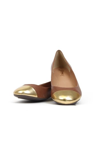 Gomax Sienna-38 Leatherette Capped Toe Textured Ballet Flat - Brown PU