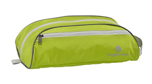 eagle-creek-pack-it-specter-quick-trip-toiletry-bag-strobe-green
